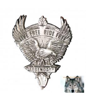 Pin's Aigle Vivre Libre Voyager Gratuitement